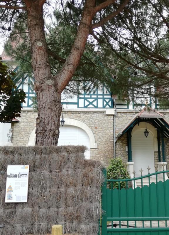 Panneau villa Saint-Corentin