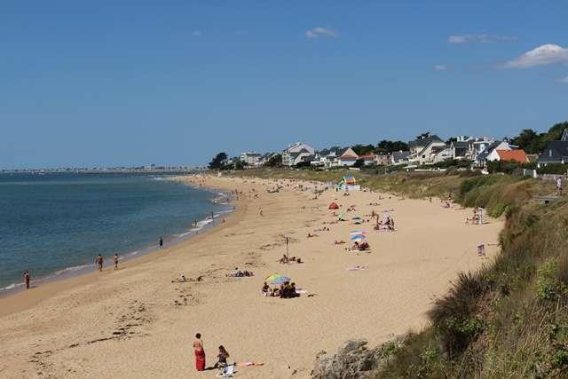 Beach of Bonne-Source
